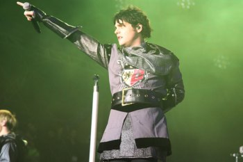 Gerard Way At The Voodoo Festival 2011